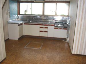 改修前 キッチン